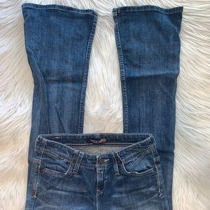 Levi's size 3 medium bootcut jeans A14